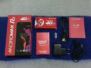 Andromax R2 inside the box